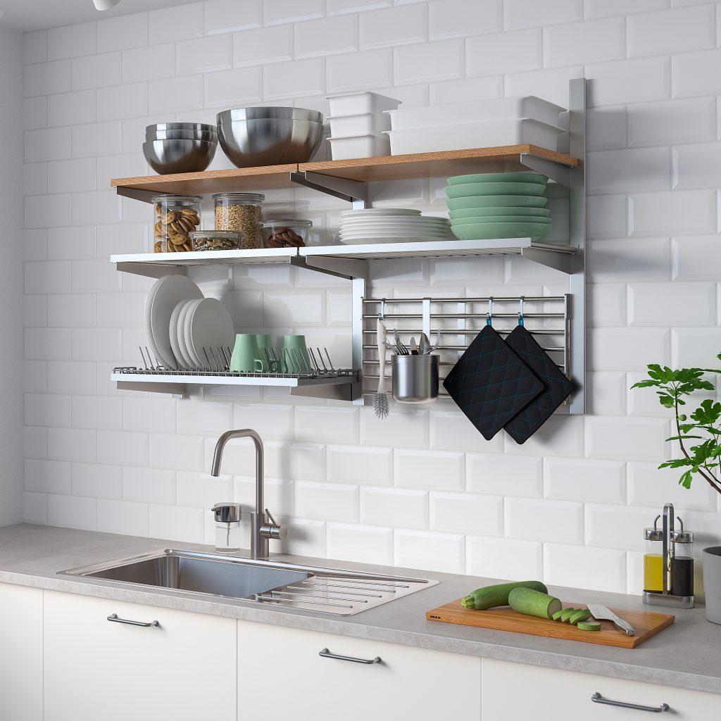 掛鉤或層板來放置廚房用品
